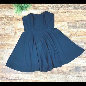 BNWT Vineyard Vines Black Cocktail Dress Size 12